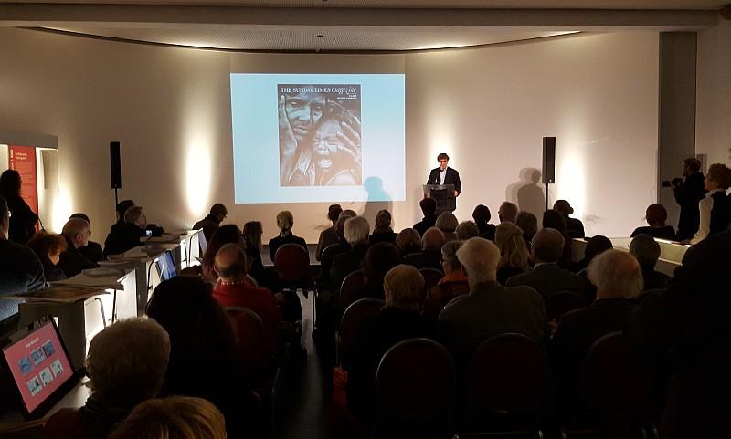 Holger Wettingfeld, Initiator des Museumsprojektes, bei der Vernissage der Austellung Kiosk-Sammlung Robert Lebeck am 2. November 2016 (Foto: BBWA)